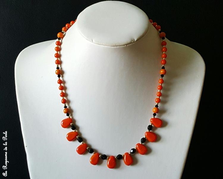 collier-orange-et-noir-halloween-a